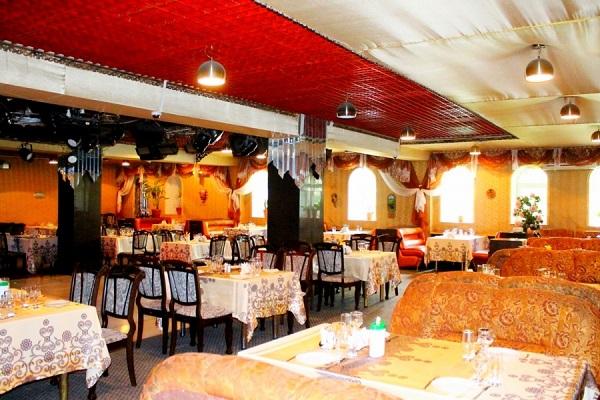 Ресторан Ани армянской кухни в Санкт-Петербурге шашлык на мангале ... | 400x600