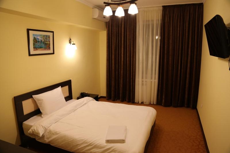 Alan Circus Hotel